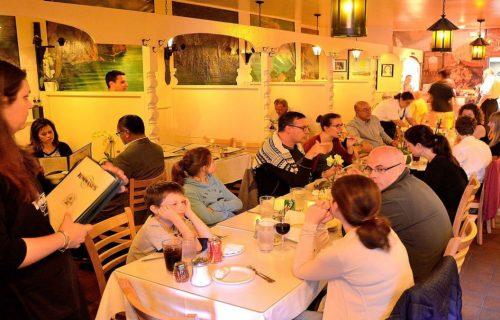 Tommasos-Ristorante-Italiano-Dining-1200x675