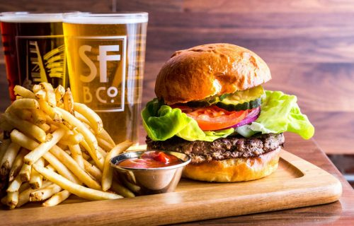 san_francisco_brewing_ghirardelli_square_burger_1200x675