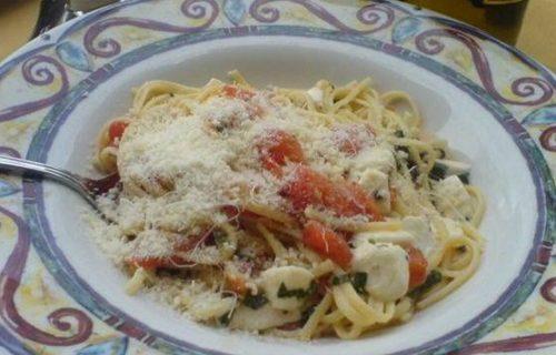 mona-lisa-north-beach-pasta